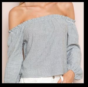 4 for 25$ Brandy Melville off the shoulder…